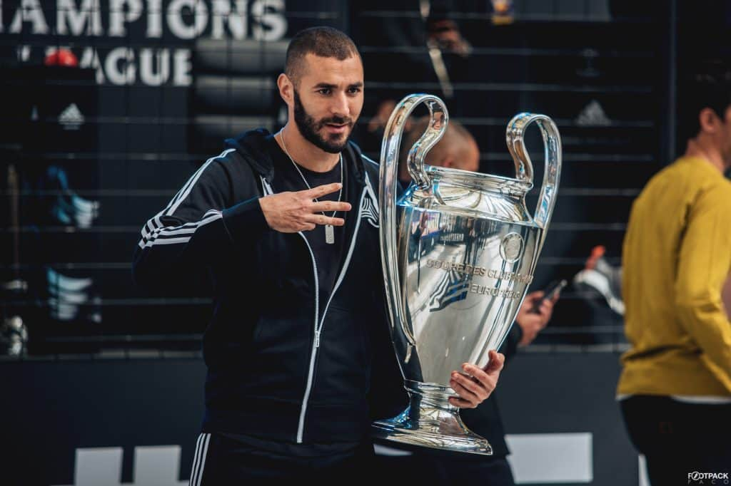 magasin-football-adidas-football-les-halles-france-benzema-ligue-des-champions