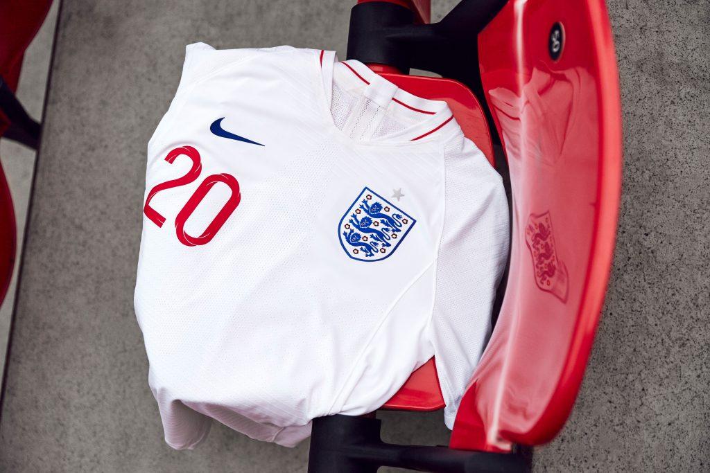 nouveau-maillot-football-nike-angleterre-coupe-du-monde-2018-5