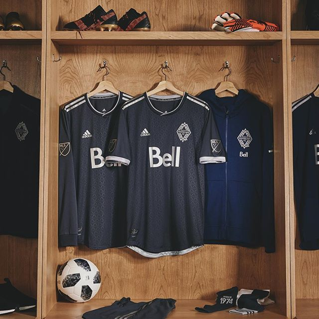 http://www.footpack.fr/wp-content/uploads/2018/02/vancouver-whitecaps-2018-unity-away-kit-2.jpg