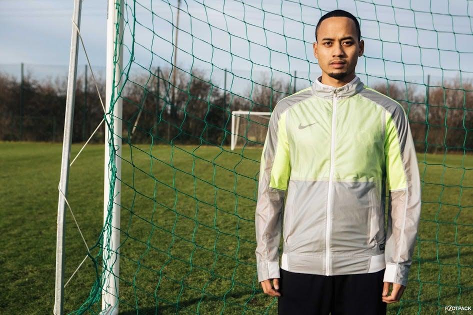 veste-football-Nike-Revolution-Jacket-2015-img2