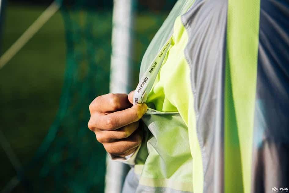 veste-football-Nike-Revolution-Jacket-2015-img3