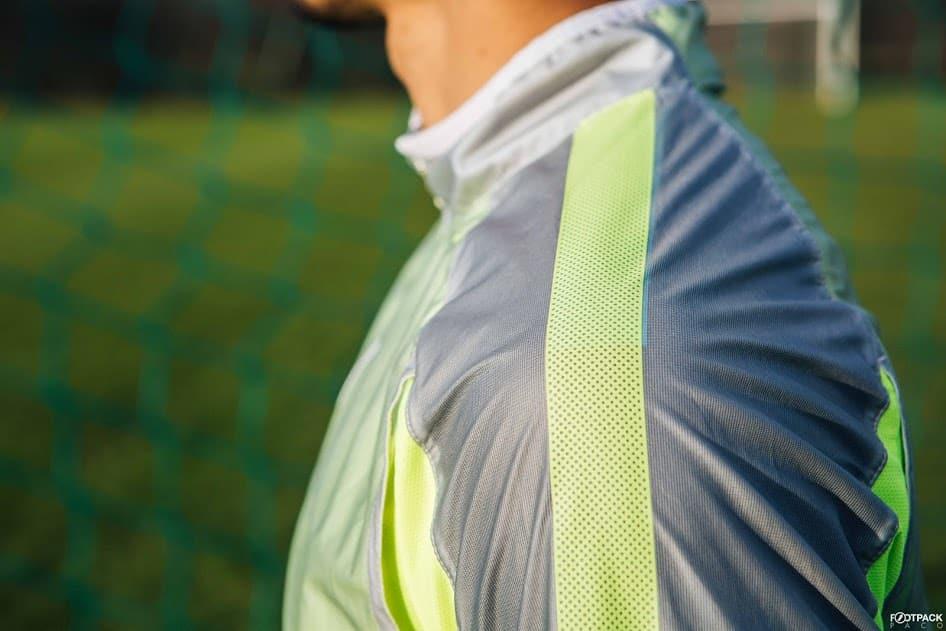 veste-football-Nike-Revolution-Jacket-2015-img4