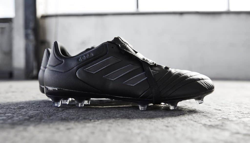 chaussure-foot-adidas-copa-gloro-17-blackout 1
