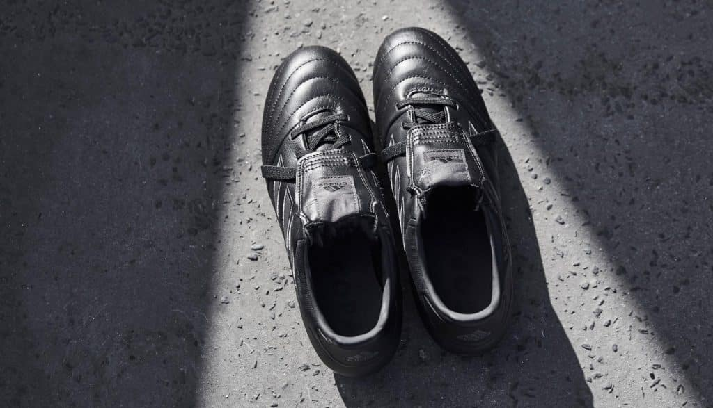 chaussure-foot-adidas-copa-gloro-17-blackout 2