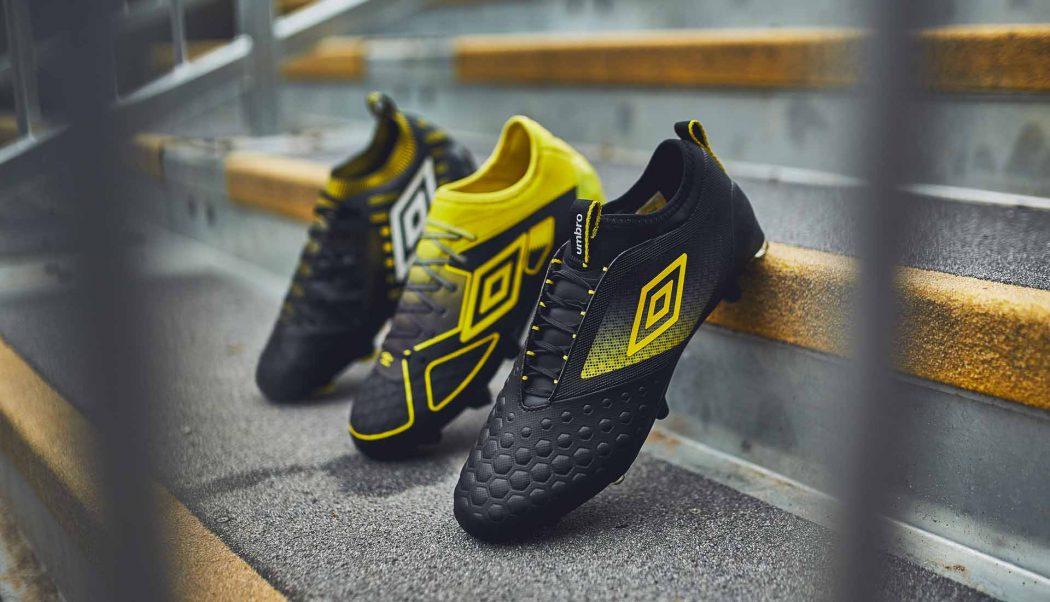 http://www.footpack.fr/wp-content/uploads/2018/03/chaussure-foot-umbro-black-golden-kiwi-pack-1-1050x602.jpg
