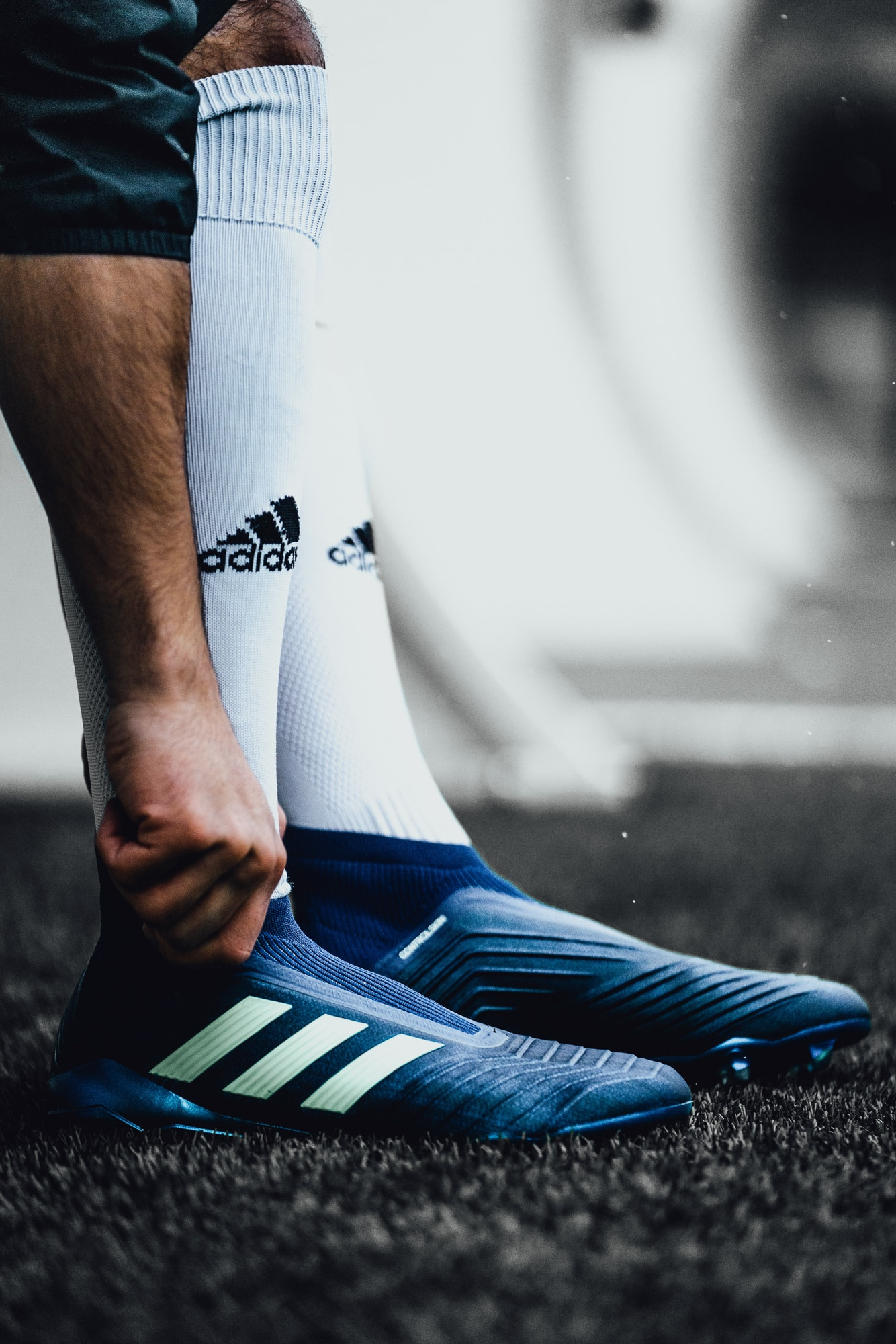 chaussure-football-adidas-predator-deadly-strike-mars-2018-3