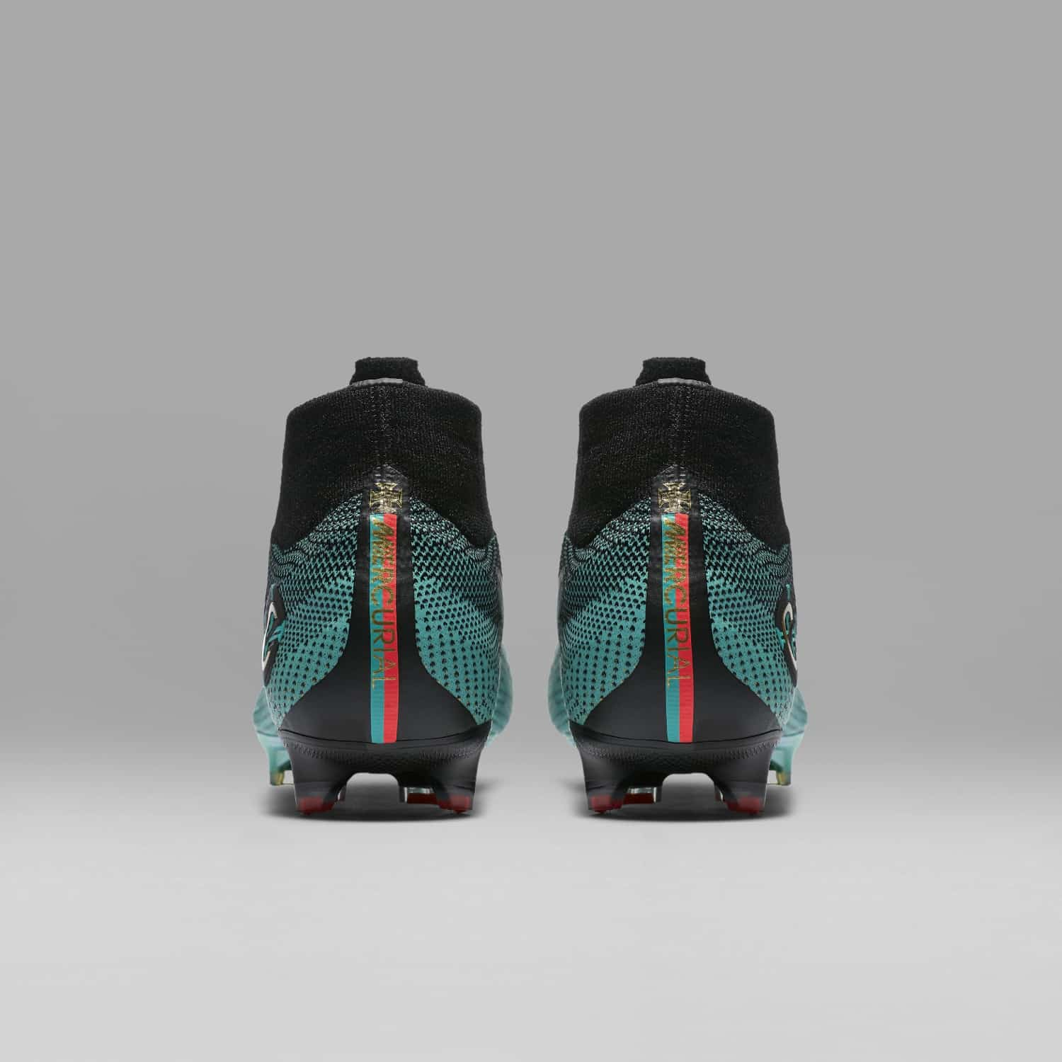 chaussures-football-Nike-Mercurial-Superfly-CR7-Chapitre-6-Born-Leader-img11
