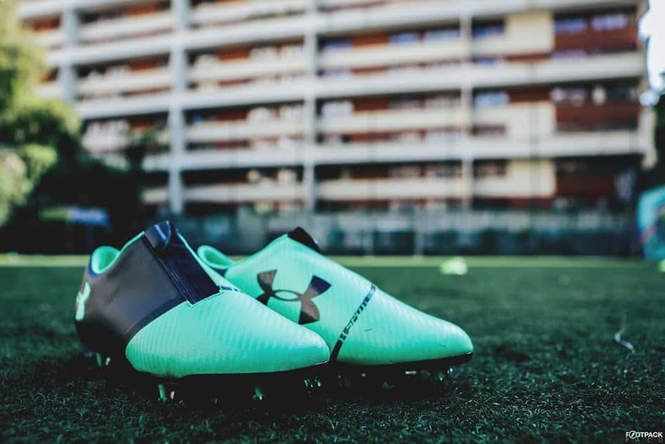 chaussures-football-Under-Armour-Spotlight-2-vert-img9