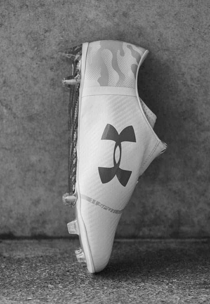 chaussures-football-Under-Armour-Spotlight-Camo-White-img5