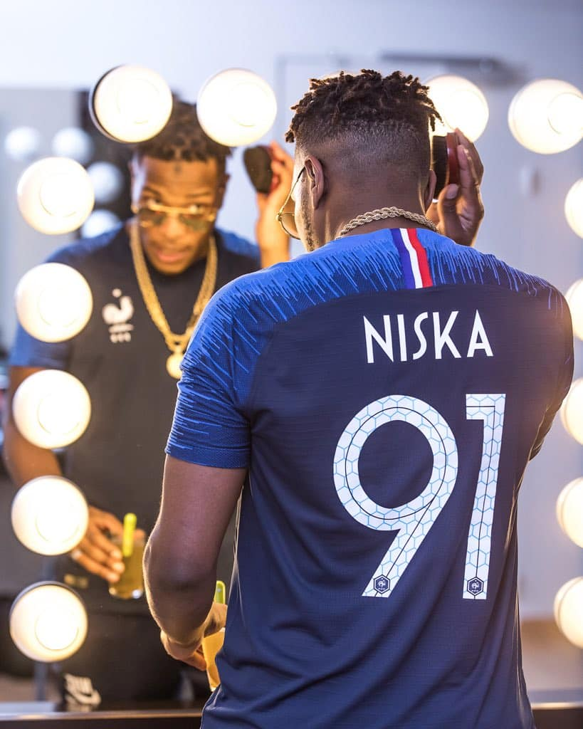 Équipe de France - PHOTO : les nouveaux maillots des Bleus