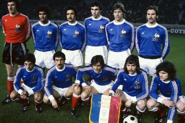40 ans de maillots de l 39 quipe de france en coupe du monde - Coupe du monde de foot 2002 ...
