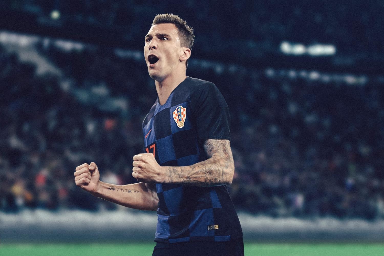maillot-football-Nike-Croatie-exterieur-2018-img2.jpg