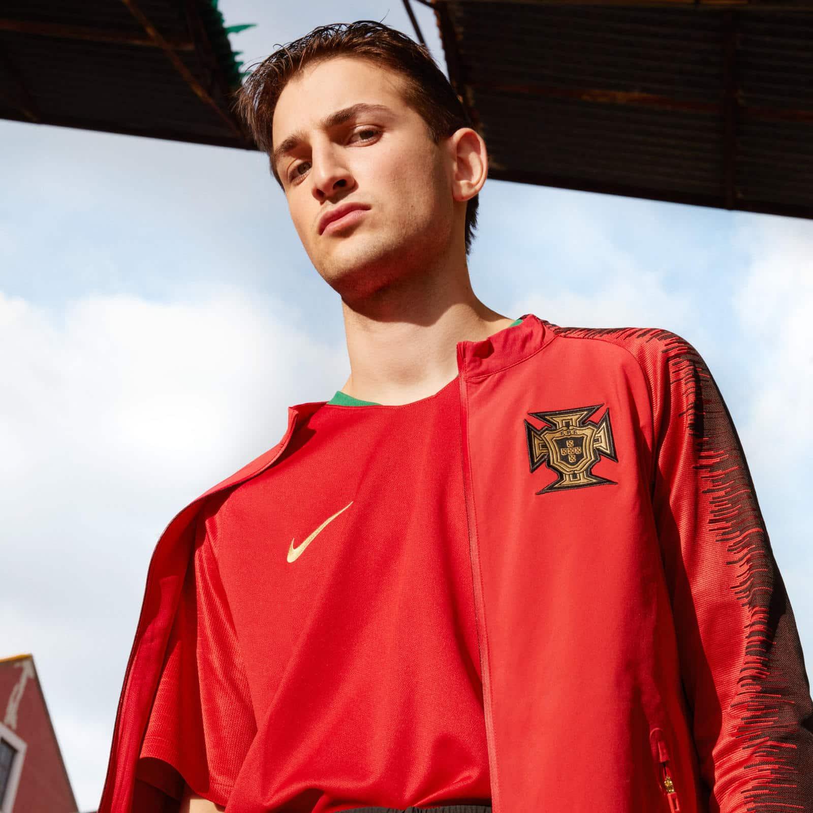 Nike et le portugal d voilent les maillots pour la coupe - Portugal qualification coupe du monde ...