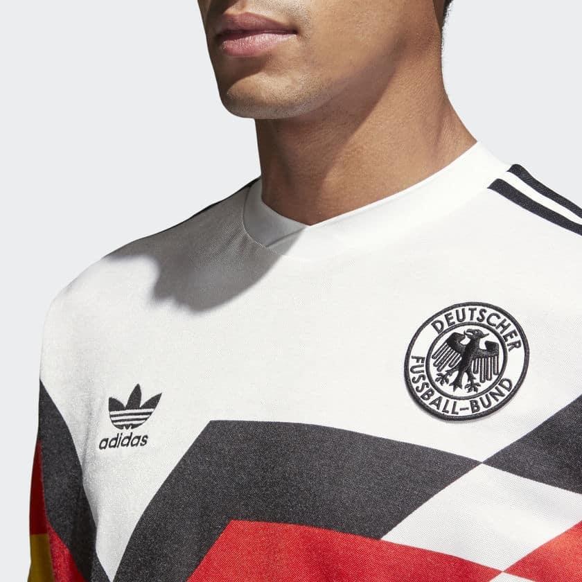 http://www.footpack.fr/wp-content/uploads/2018/04/Maillot-Adidas-Allemagne-1990-1.jpg