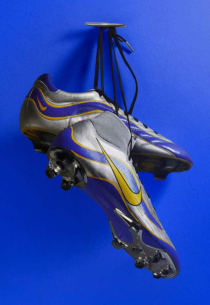 http://www.footpack.fr/wp-content/uploads/2018/04/chaussure-football-nike-mercurial-heritage-world-cup-pack-20.jpg