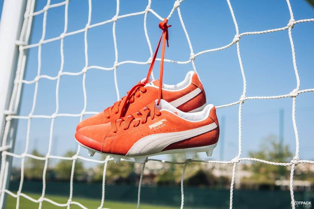 http://www.footpack.fr/wp-content/uploads/2018/04/chaussure-football-puma-suede-50-ans-football-3-1050x700.jpg