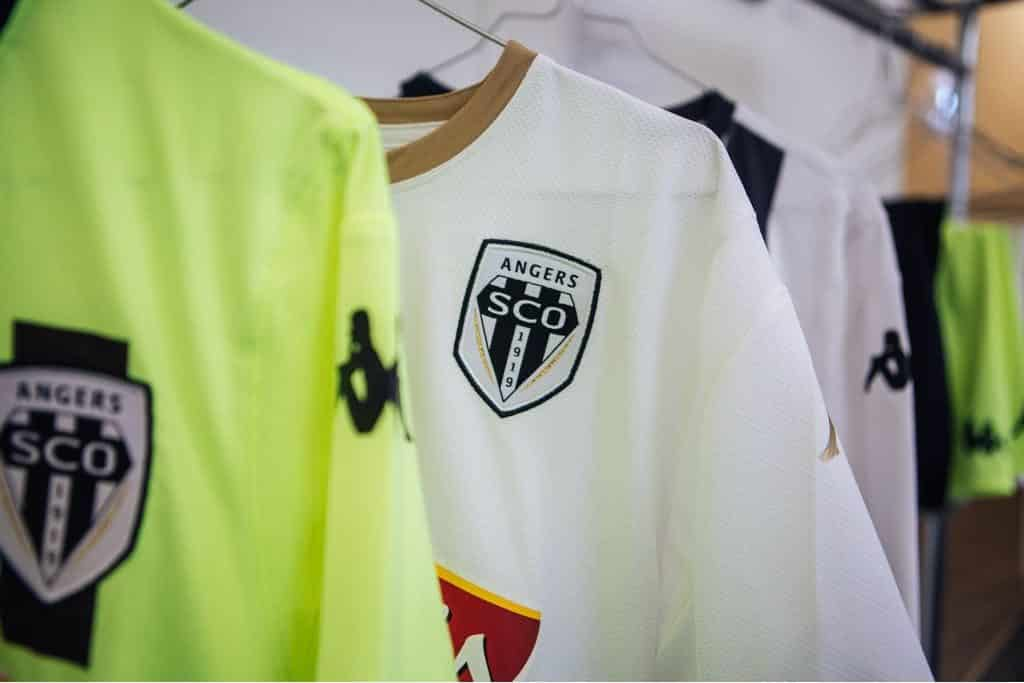 nouveau-maillot-football-sco-angers-2018-2019-6
