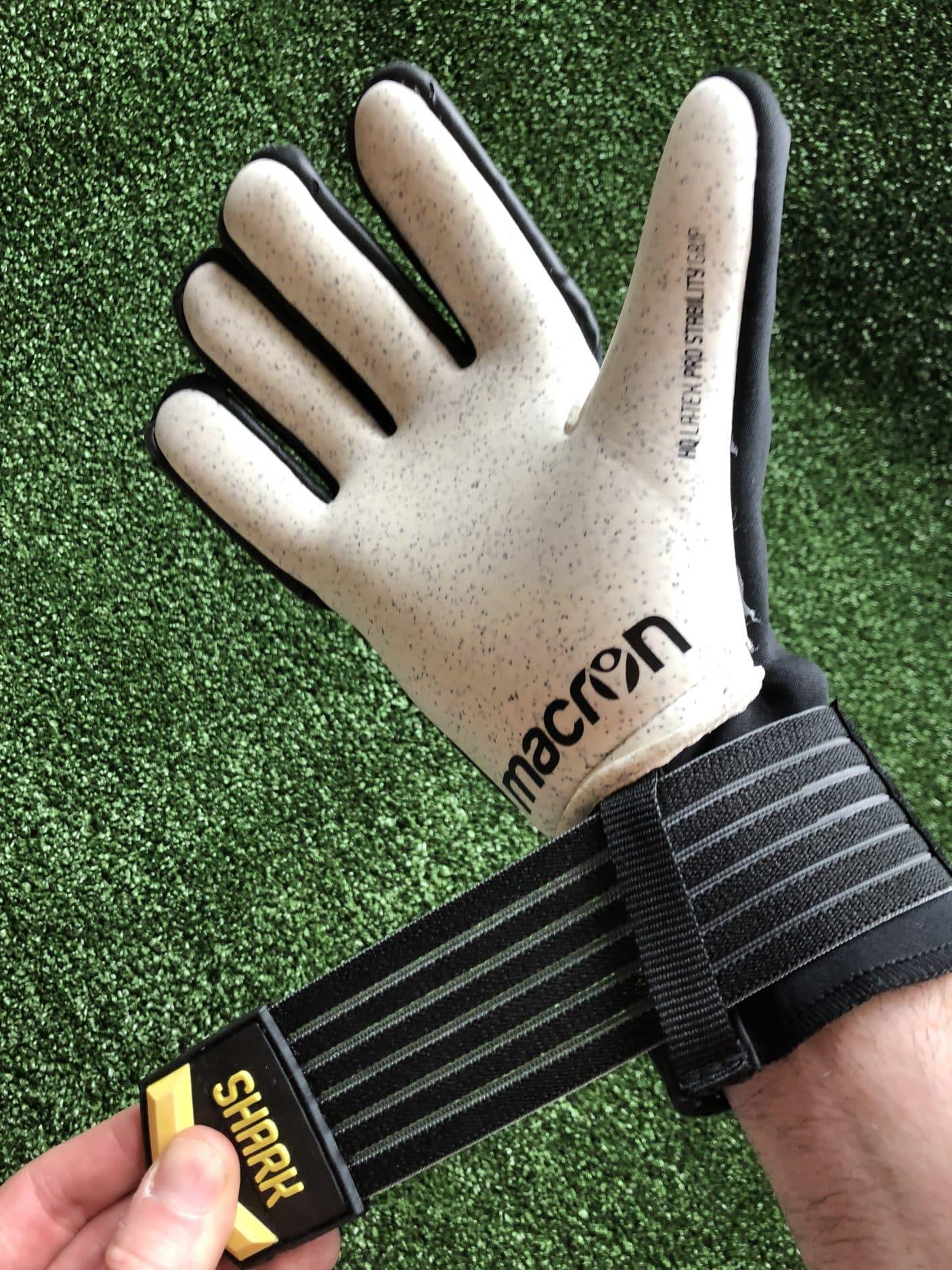 test-gants-gardien-Macron-Shark-XF-img12