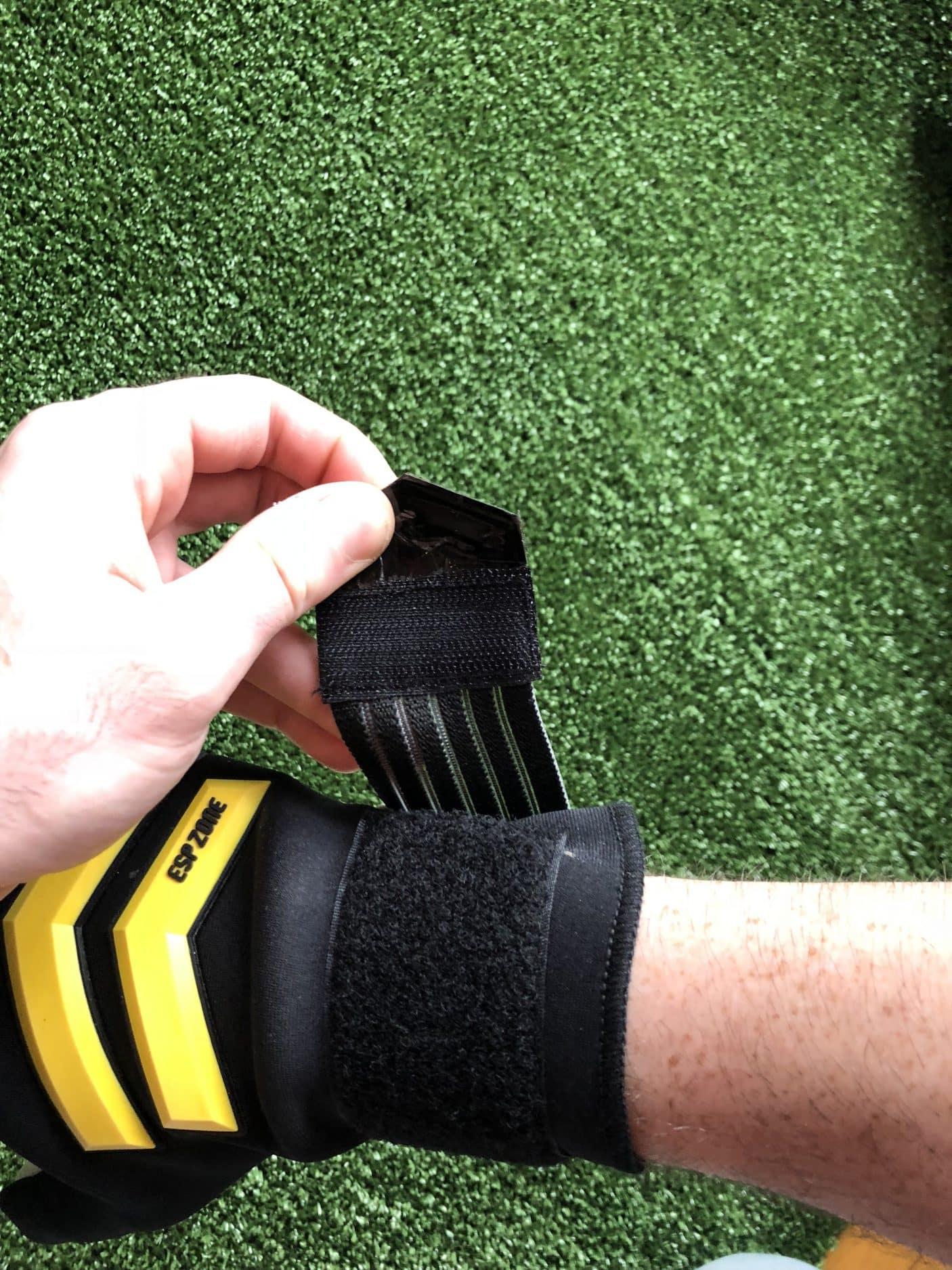 test-gants-gardien-Macron-Shark-XF-img13