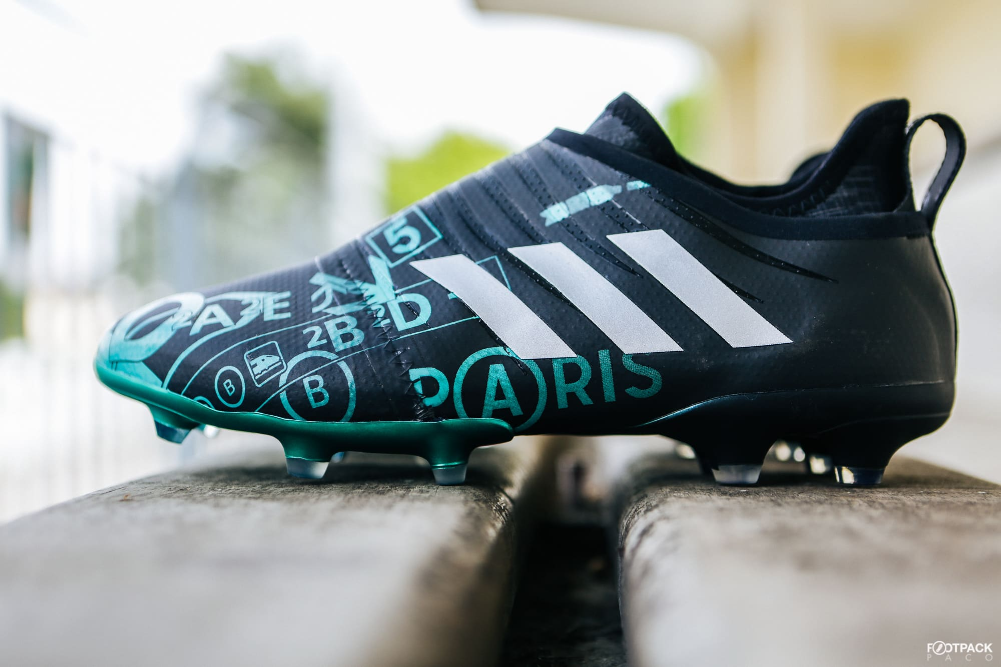 Chaussures-football-adidas-Glitch-skin-Paris-mai-2018-6