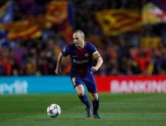 Nike dévoile un maillot du FC Barcelone en hommage à Iniesta !