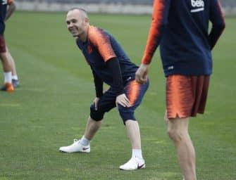 Nike conçoit une paire unique pour le dernier match d'Iniesta au FC Barcelone !