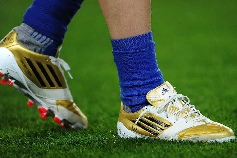 chaussures-footbll-adidas-F50-adizero-2012-mai-2018