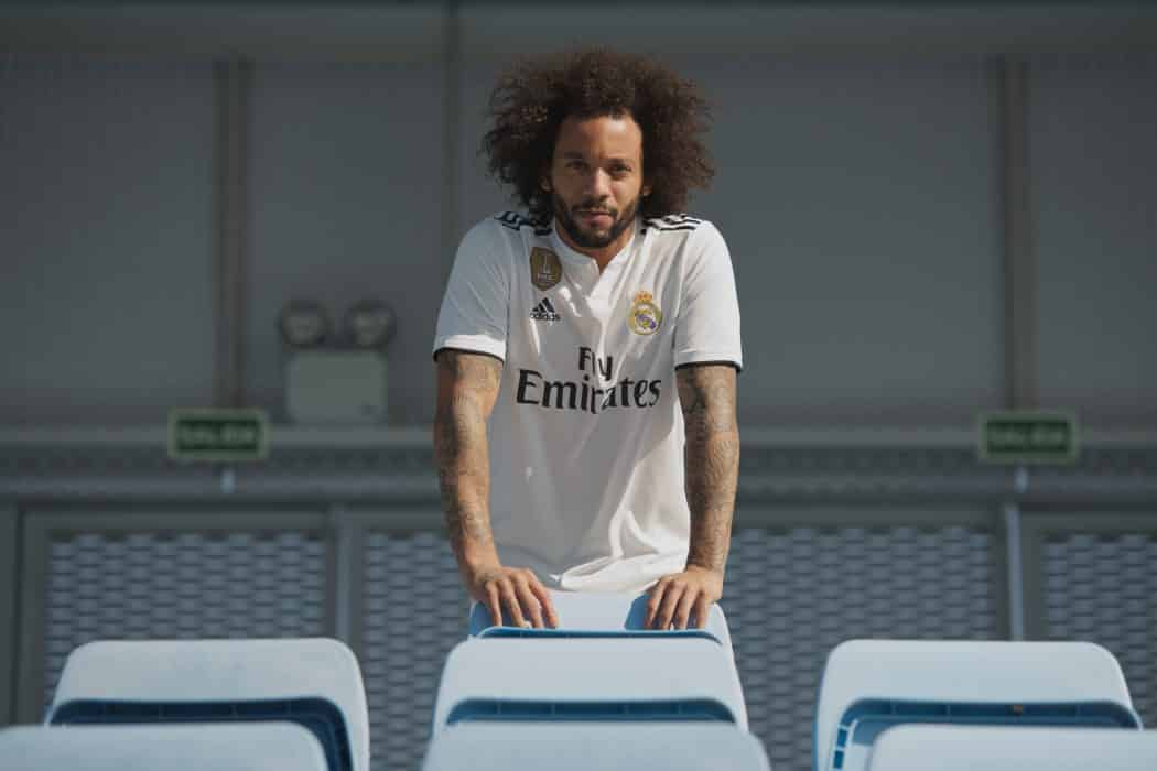 http://www.footpack.fr/wp-content/uploads/2018/05/maillot-football-real-madrid-2018-2019-mai-2018-4-1050x700.jpg