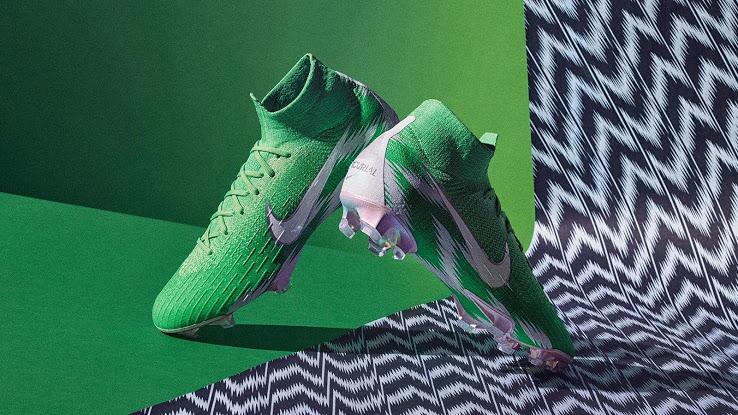http://www.footpack.fr/wp-content/uploads/2018/06/chaussures-football-Nike-iD-Mercurial-360-Naija-Nigeria-vert-img5.jpg