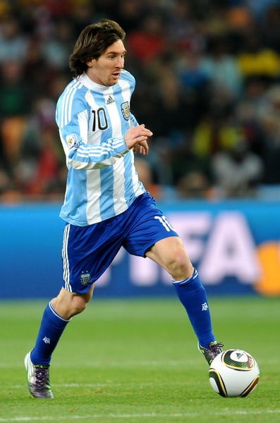 chaussures-football-adidas-f50-messi-coupe-du-monde-2010-mai-2018