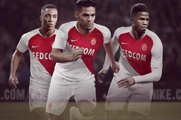 http://www.footpack.fr/wp-content/uploads/2018/07/maillot-football-nike-as-monaco-2018-2019-juillet-2018.jpg