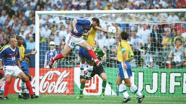 Top 5 des chaussures qui ont marqu la coupe du monde - Joueur coupe du monde 98 ...