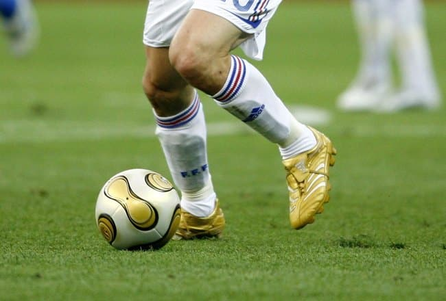 zinedine-zidane-adidas-predator-or