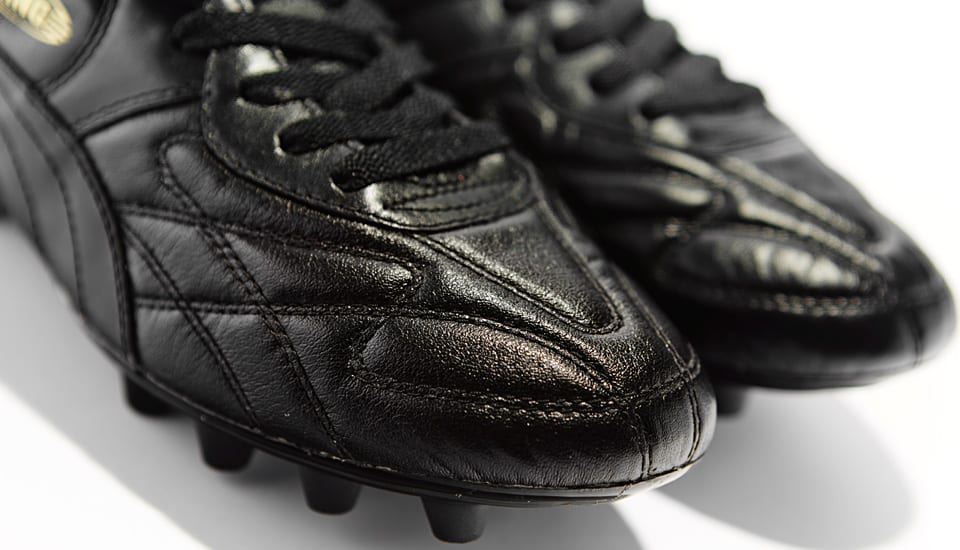 puma-king-noir-or-5