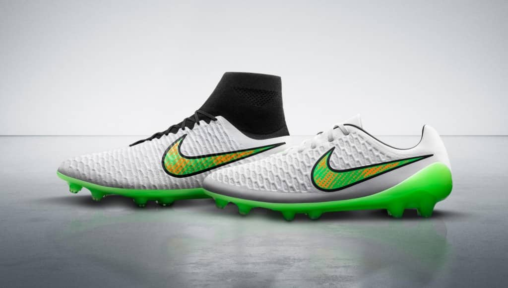 chaussure-football-nike-shine-through-pack-3
