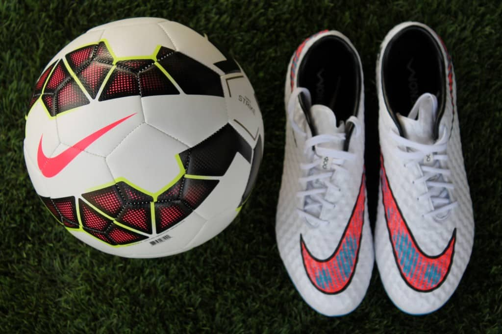 test-nike-hypervenom-phantom-shine-through-10
