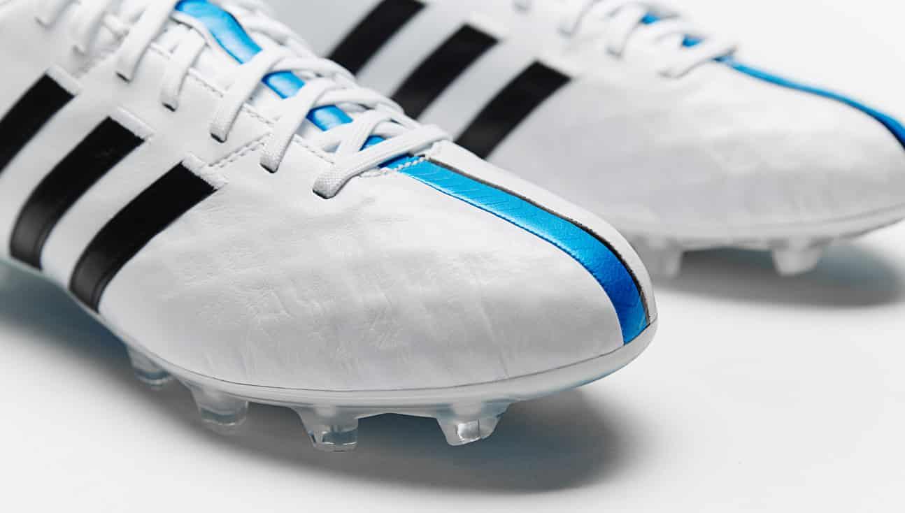 Nouveau coloris pour la adidas 11Pro ! #therewillbehaters