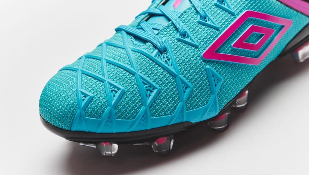 chaussure-football-umbro-ux1-bleu-rose-4
