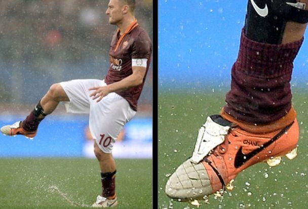 nike-tiempo-legend-Totti-2014-2