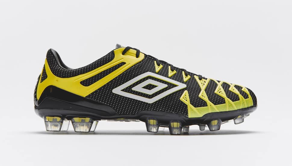umbro-ux1-concept-noir-jaune