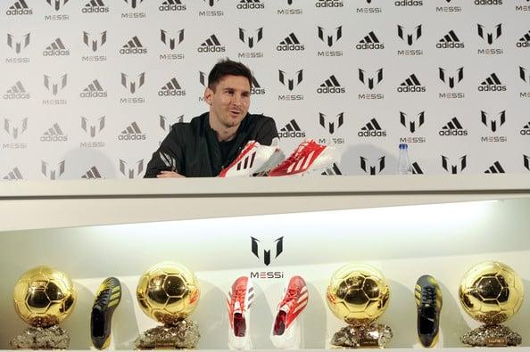 adidas-f50-adizero-Messi-Blanc-Rouge-2013-2014-2
