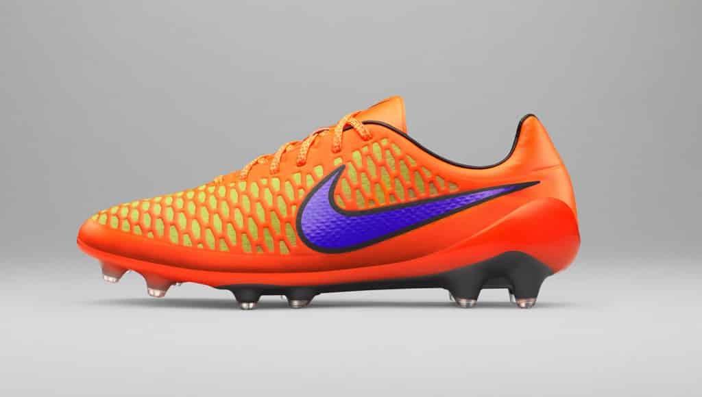 chaussure-football-nike-magista-opus-pack-heat