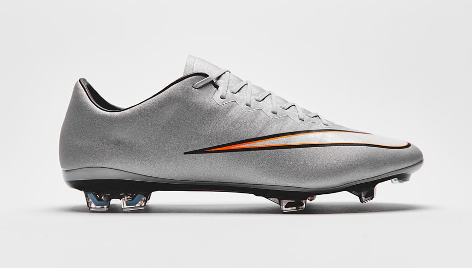 chaussure-football-nike-vapor-x-silverware