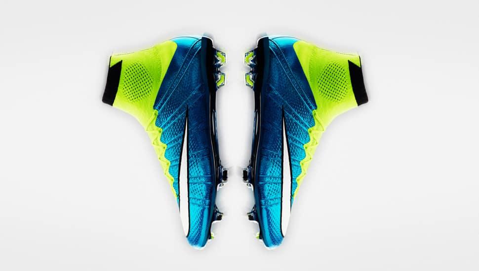 chaussure-football-nike-femme-coupe-du-monde-2015-2