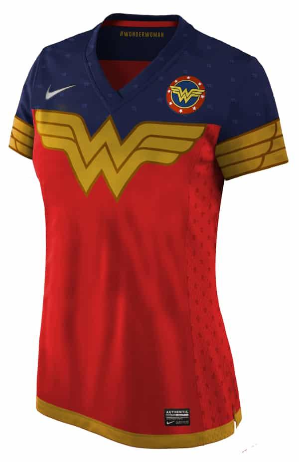 Batman, Wonderwoman, X-Men ou les agents du SHIELD en version football, vous en réviez ? Nerea Palacios l'a fait et Footpack.fr vous en fait profiter