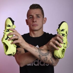 digne-adidas-football