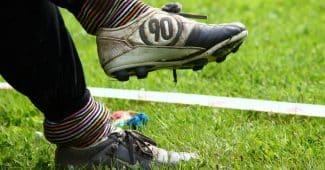 Image de l'article Comment laver ses chaussures de foot ? (entretien, nettoyage)