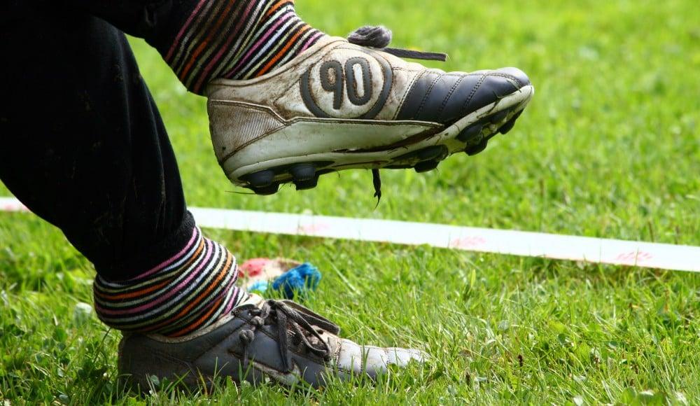 guide comment laver ses chaussures de football entretien nettoyage. Black Bedroom Furniture Sets. Home Design Ideas