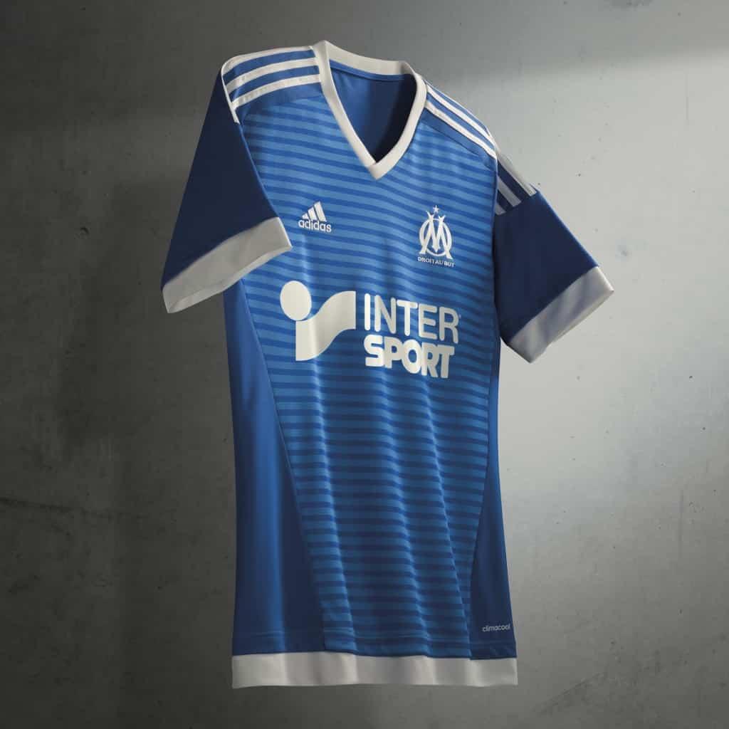 Avant la fin de la saison de Ligue 1, l'équipementier historique de l'OM qu'est Adidas vient de dévoiler les maillots 2015-2016 de l'Olympique de Marseille.