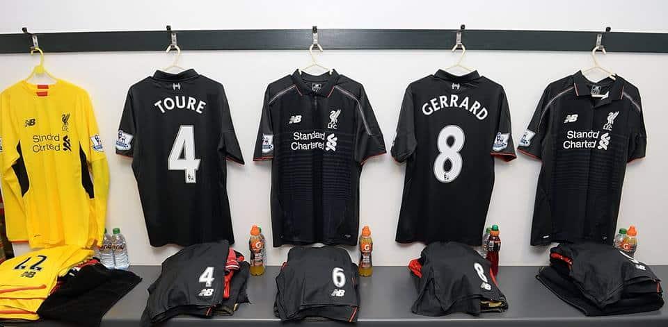 Après avoir dévoilé le nouveau maillot domicile, Liverpool et New Balance viennent de présenter la tenue third 2015-2016 des Reds de Liverpool.